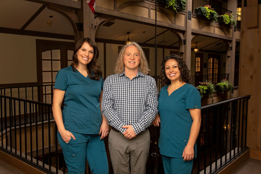 Alchemy Clinic Staff, Lindsey Chel, Lyndon Carger and Montserrat Gonzales